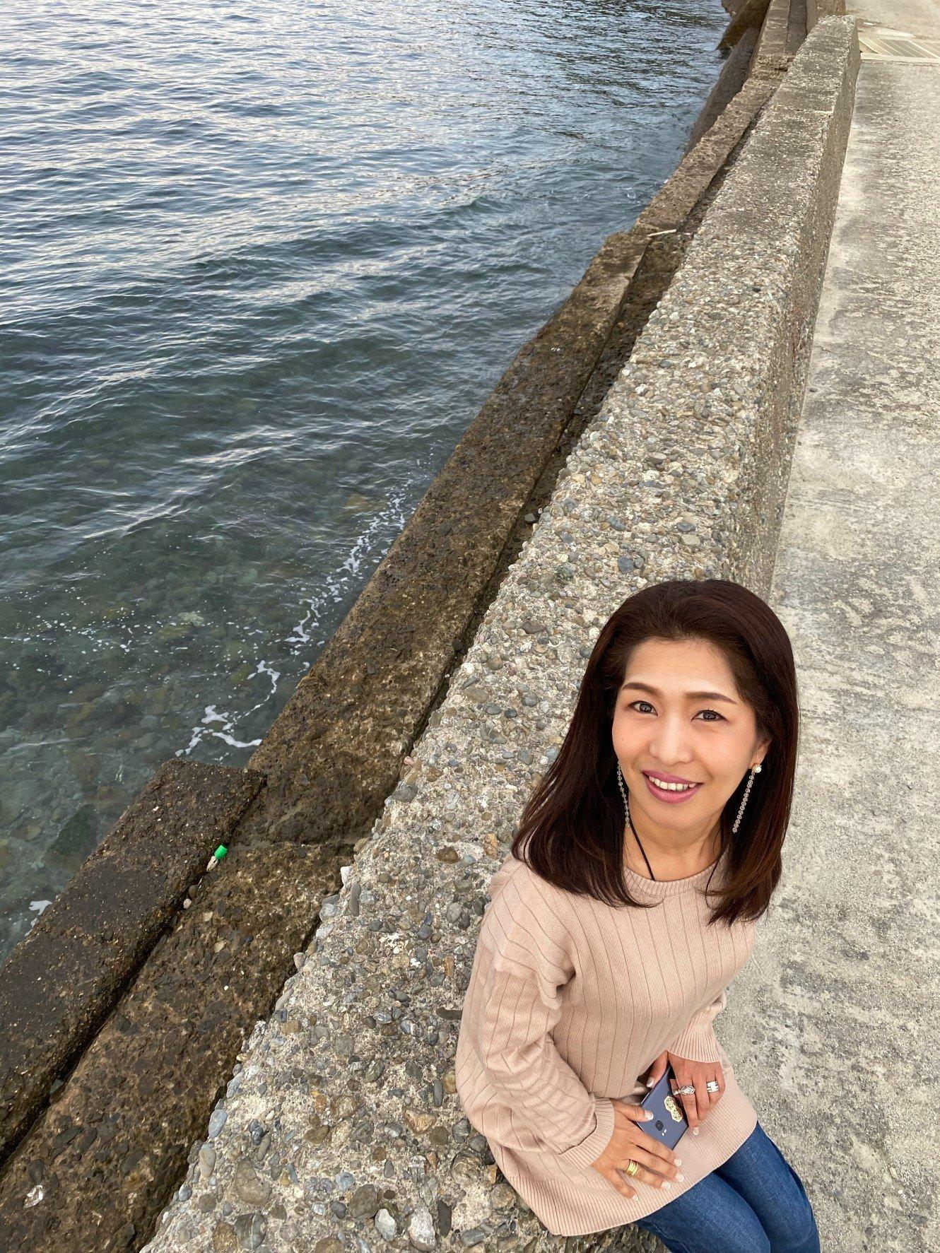 はらだなほこ 和歌山県加太の海